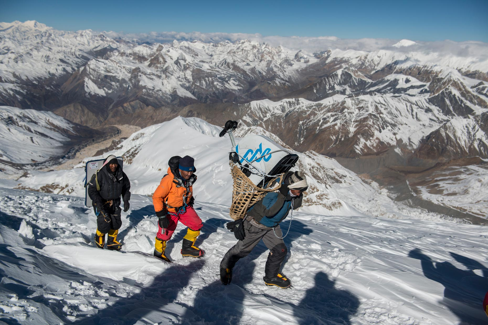Climbers on Himlung Himal | The Himalayan Experiment for GEO magazine | Nepal | Stefen Chow