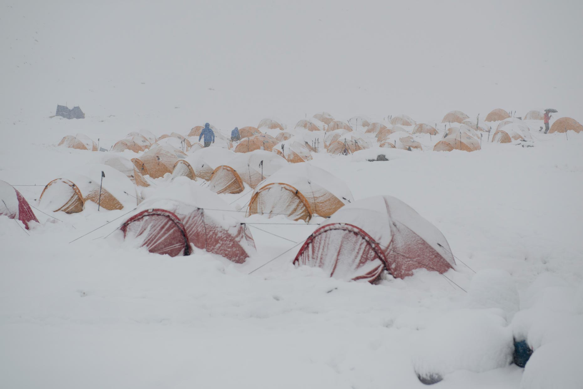 Base Camp on Himlung Himal | The Himalayan Experiment for GEO magazine | Nepal | Stefen Chow
