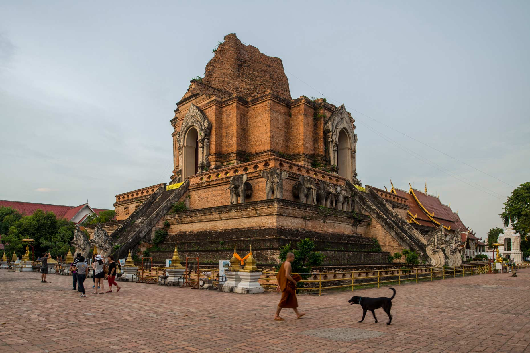 Wat Chedi Luang | Travel Assignment in Chiangmai, Thailand | Geo Germany Magazine | Stefen Chow